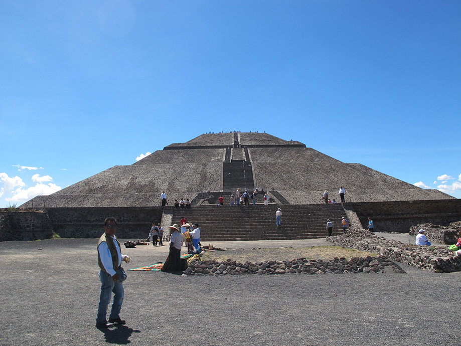 Museum Secrets Pyramid